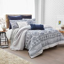 Peri Home Matelasse Medallion Duvet Cover Super King