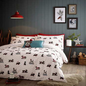 Fat Face Sledging Dogs Christmas Bedding Set
