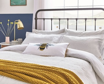 Joules Botanical Bee Clipped Duvet Cover