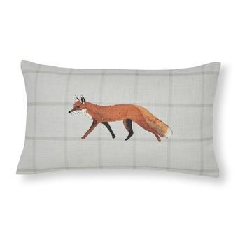 photo of Sophie Allport Foxes Cushion 30x50cm