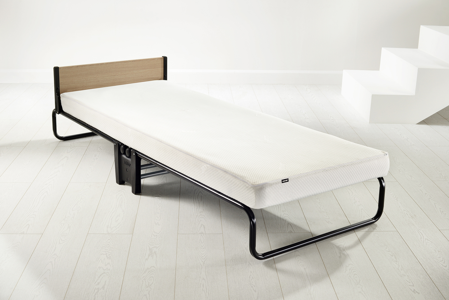 Jay-Be Revolution Folding Bed Mattress Protector (£34.99)
