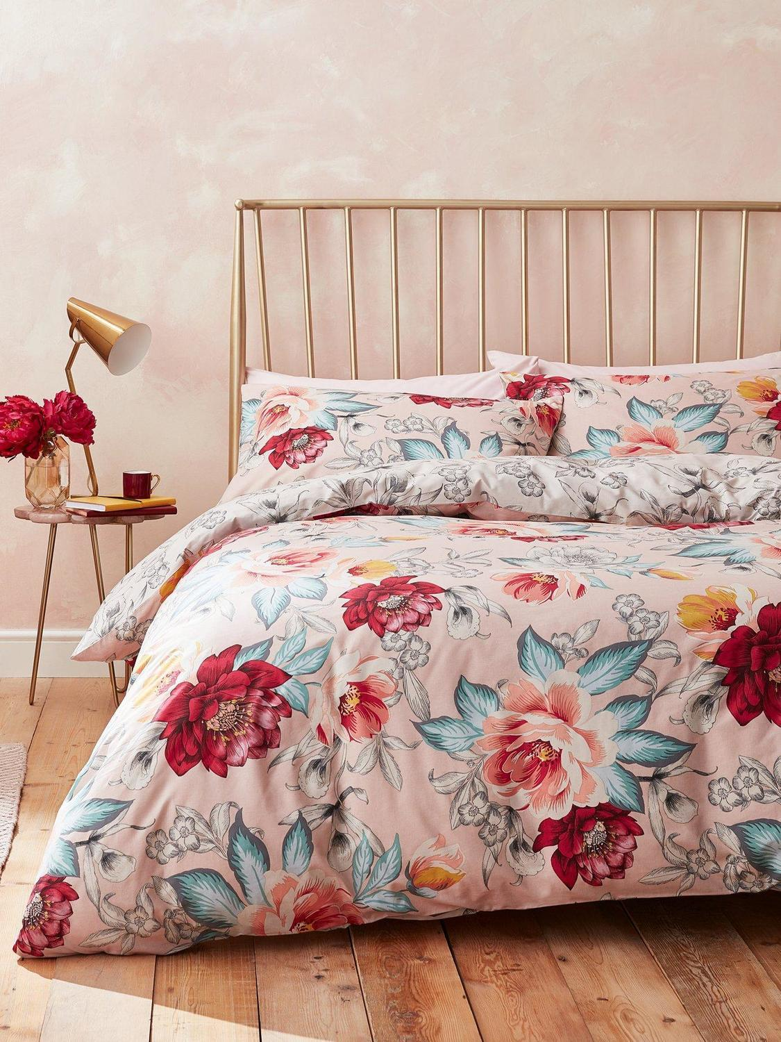 Accessorize Isla Floral Duvet Cover Set