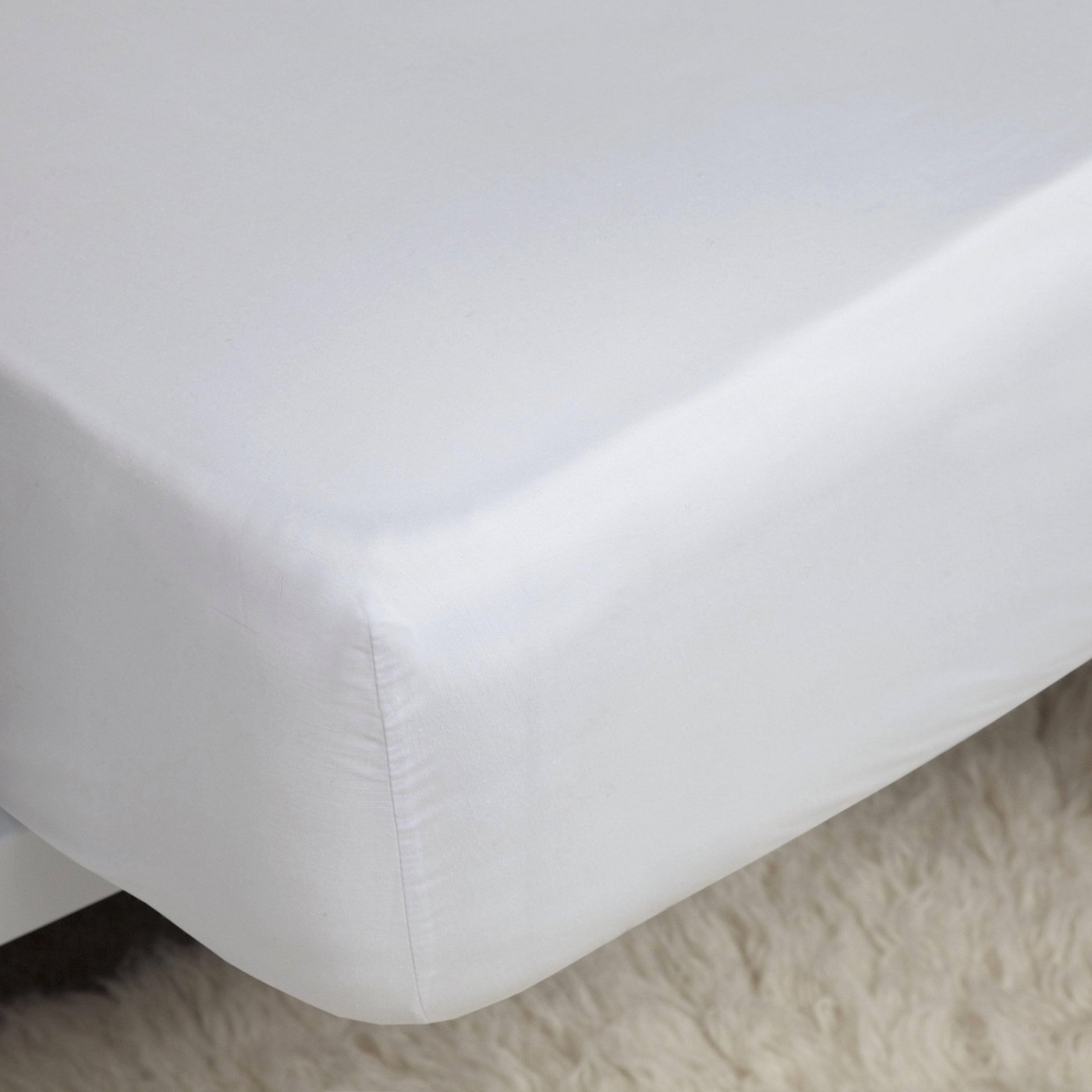 Belledorm 400TC Egyptian Cotton Fitted Sheet white