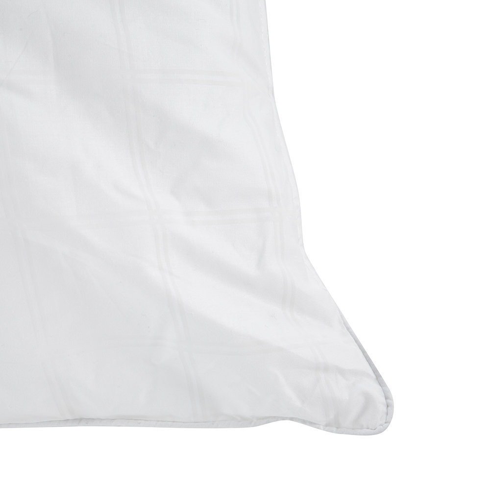 The Fine Bedding Company Soft and Plump Pillow