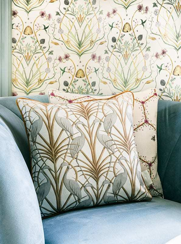Angel Strawbridge Cushion Nouveau Heron Cream 43x43cm